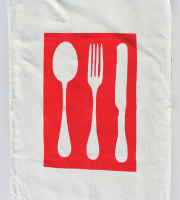 CUTLERY RED